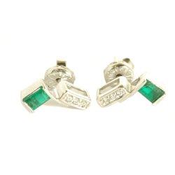Boucles d'oreilles emerauds 0.36 cts et 6 diamants 0.05 cts